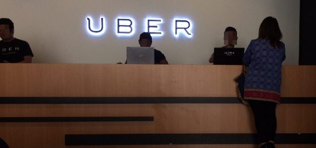 Gambar saya ambil ketika menunggu giliran mendaftar sebagai pemandu Uber.